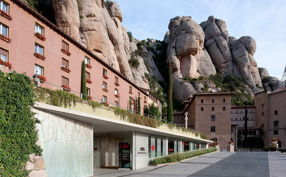 Exposición de Enrique Asensi en el Museu de Montserrat