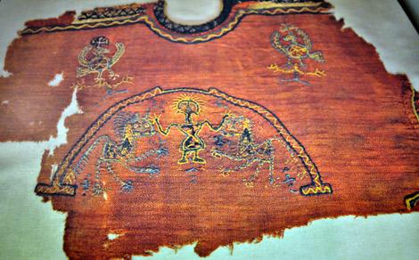 Els teixits coptes del Museu de Montserrat surten a la llum